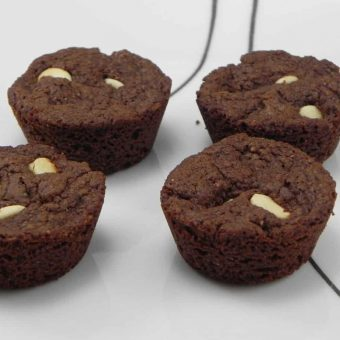 4 Ingredient Nutella Cupcakes