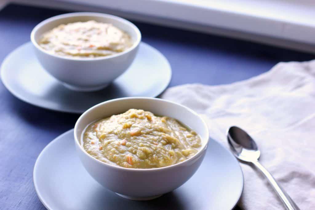 split pea soup in bowls