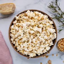 rosemary popcorn in a bowl