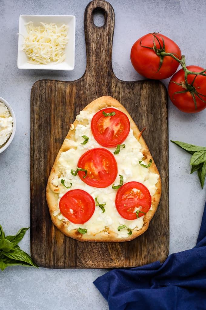 white flatbread pizza