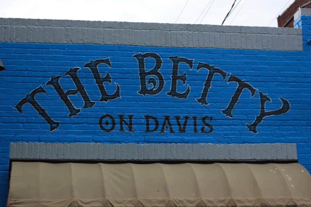 the betty on davis richmond