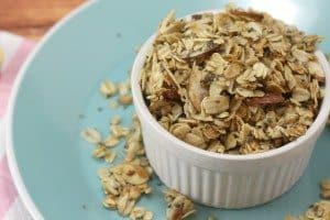 granola with chia seeds