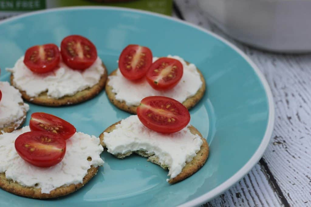 breton cracker snack