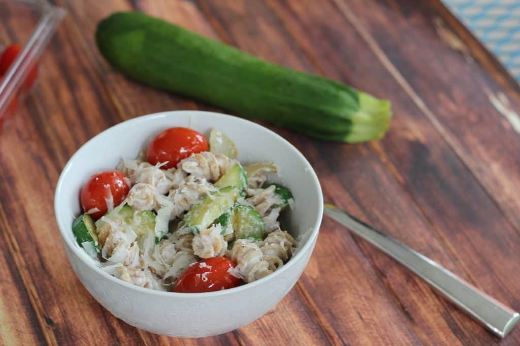 vegetarian pasta with zucchini