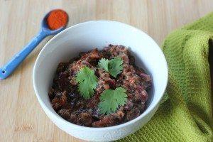 Black Bean and Quinoa Slow Cooker Chili