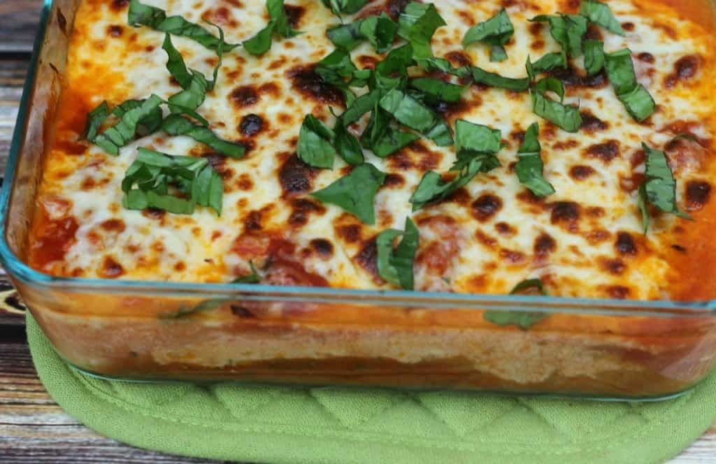 This vegetarian spaghetti squash lasagna is a healthy twist on a traditional lasagna!
