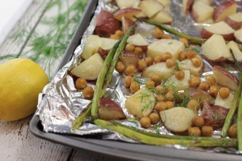 roasted chickpeas with asparagus