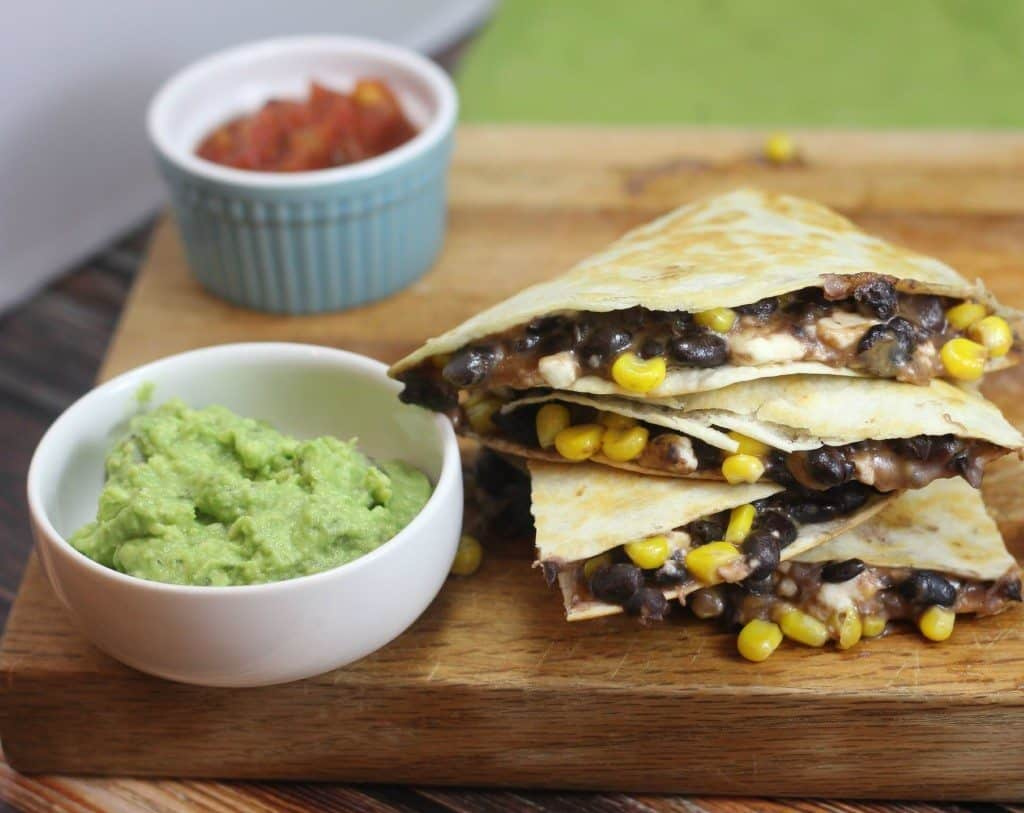 quick and easy quesadilla with black beans and corn