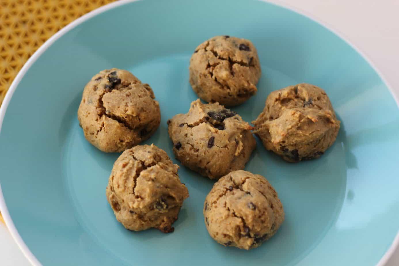 quinoa chocolate chip cookie bites