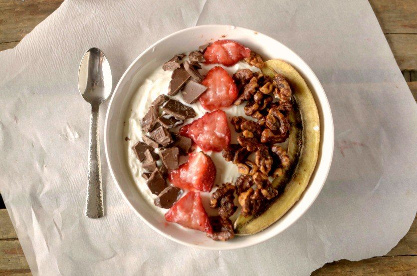 banana-split-breakfast-bowl-1-1