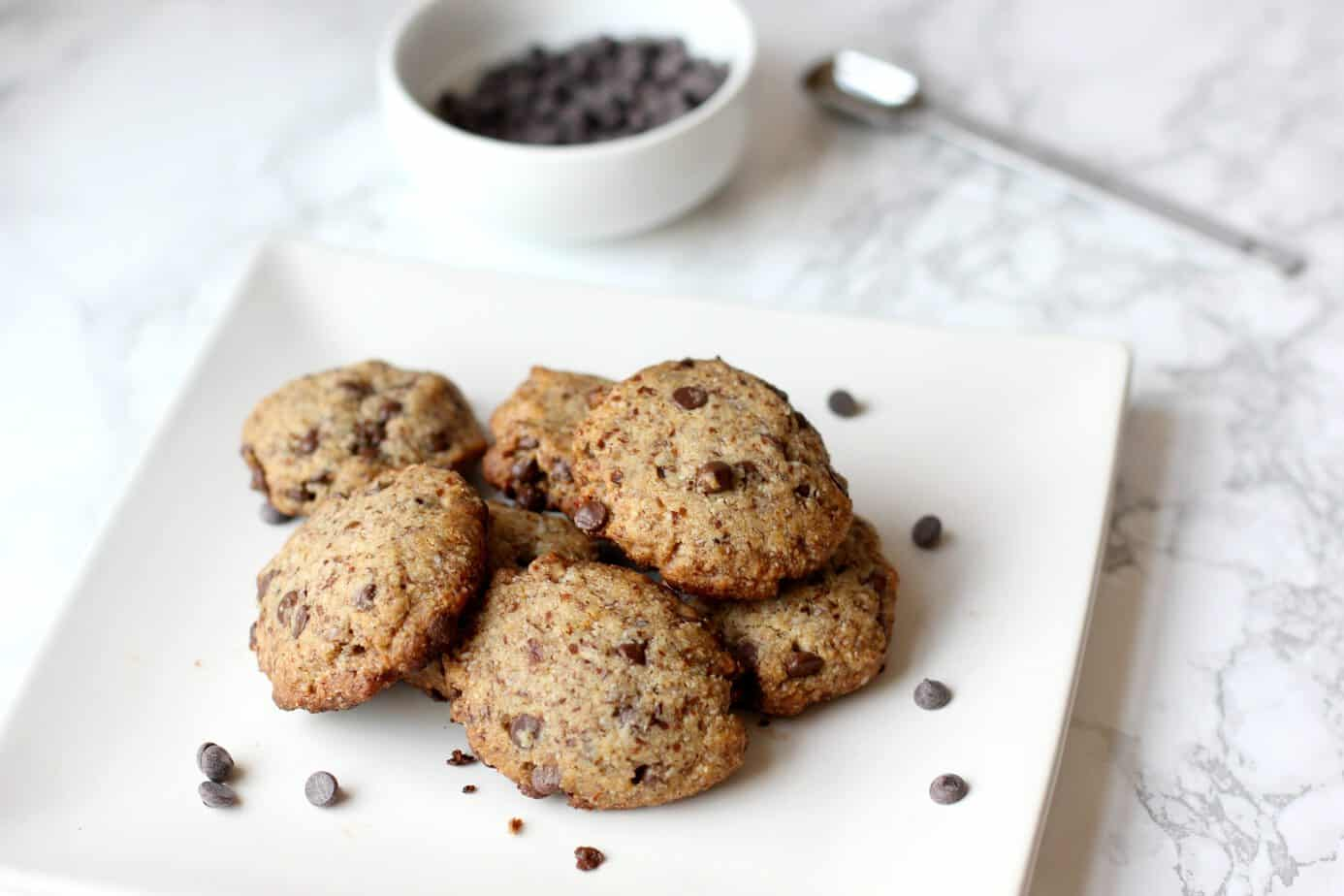 Vegan and Gluten Free Chocolate Chip Cookies - I Heart Vegetables