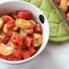 white beans with tomatoes