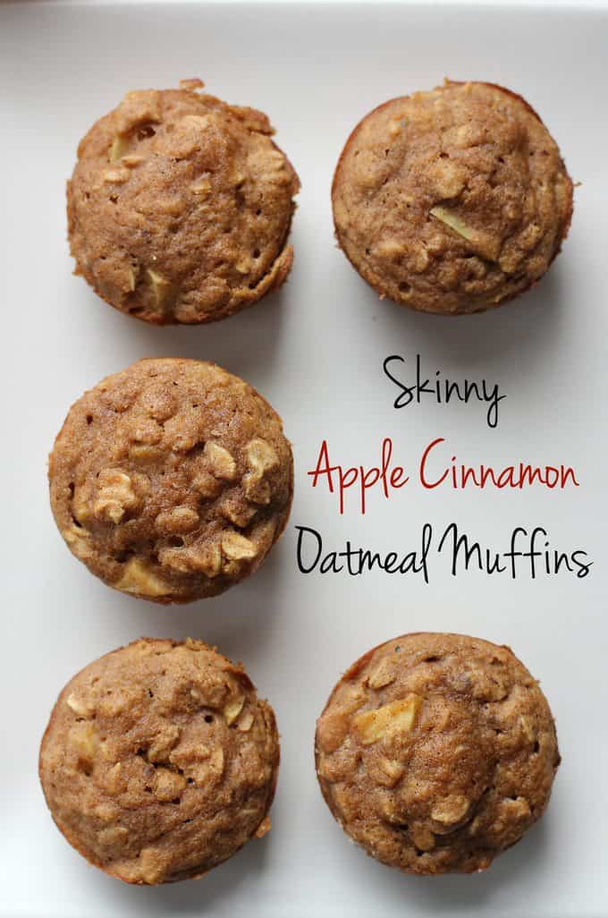 These skinny apple cinnamon oatmeal muffins are the perfect fall snack. Packed with apple chunks and oats, they\'re a great make-ahead breakfast!