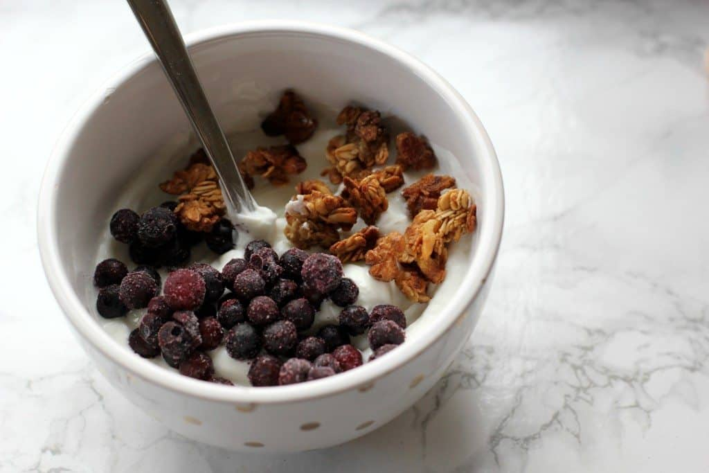 yogurt bowl with apple granola