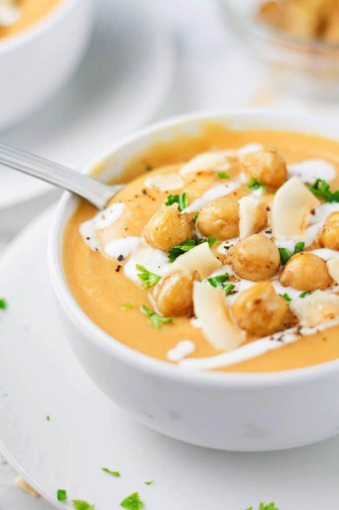 coconut-chickpea-sweet-potato-soup-3-e1481727542930