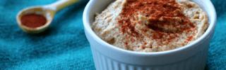 easy paprika hummus