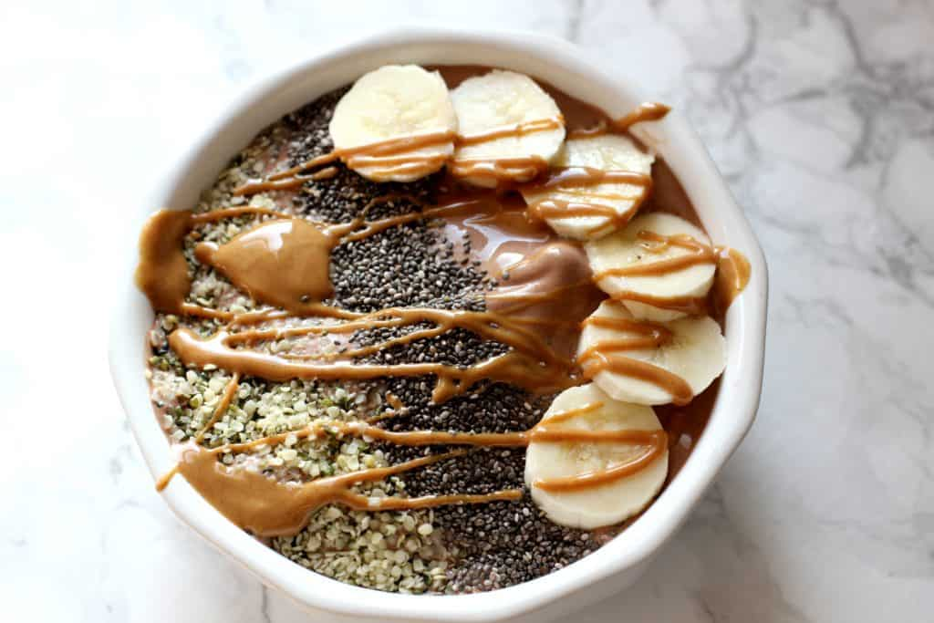 banana smoothie bowl