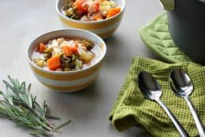 One Pot Tuscan White Bean Soup