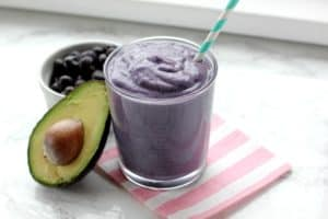 Low Sugar Avocado Blueberry Smoothie