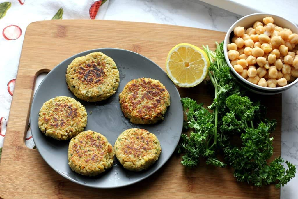 Easy vegan falafel recipe i heart vegetables easy vegan falafel forumfinder Choice Image