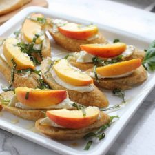 peach and burrata crostini