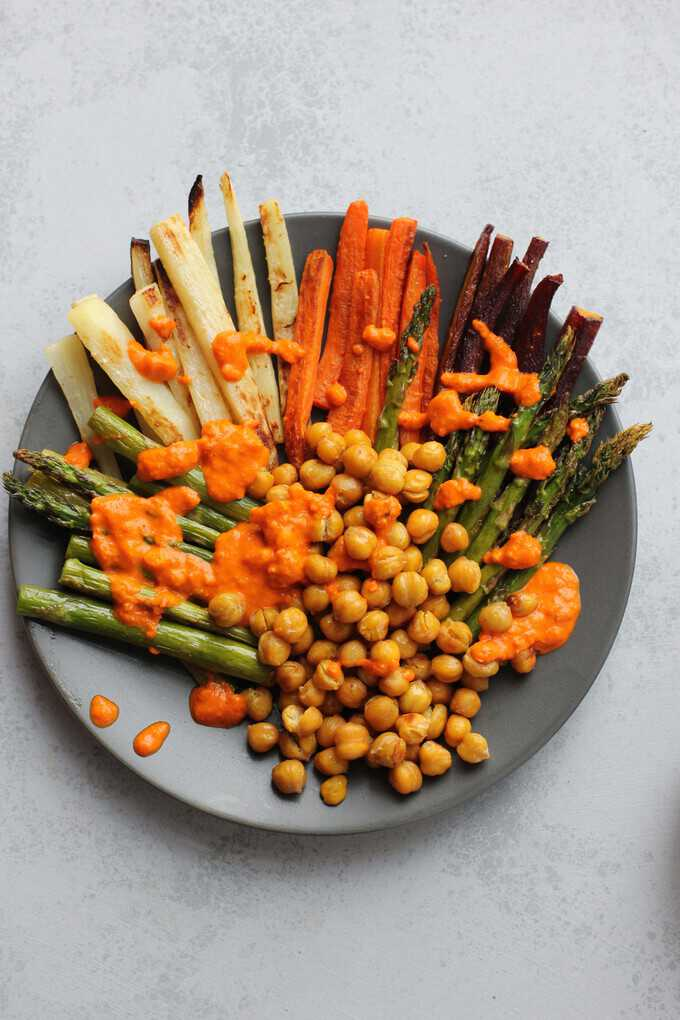 Roasted veggies with Romesco Sauce