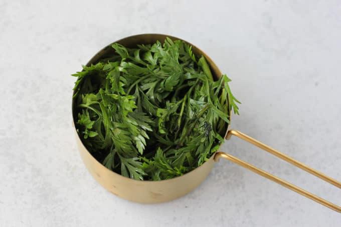 carrot top greens