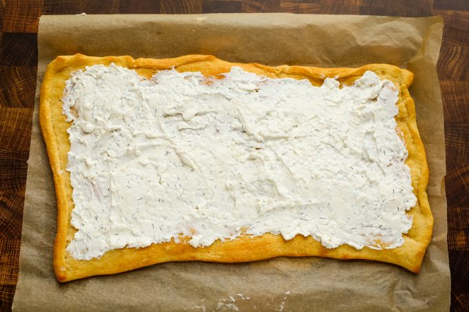 pizza crust with cream cheese